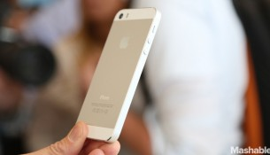 iPhone 5S Sales Outpacing iPhone 5C by More Than Double