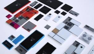 Motorola's 'Project Ara' modular smartphone setup switches out hardware like apps