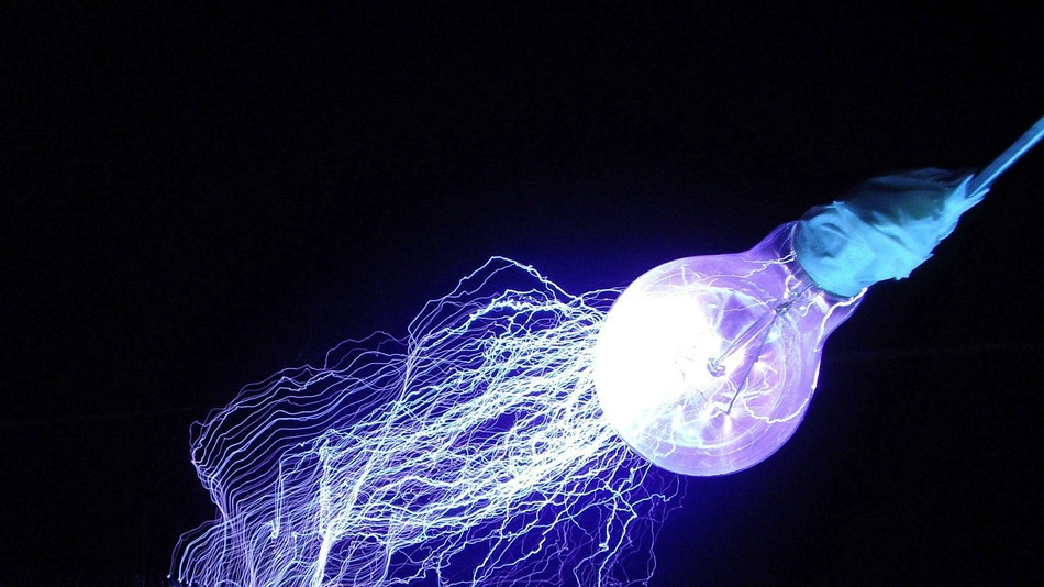 Li-Fi Turns Every Lightbulb Into an Ultra-Fast Wireless Network